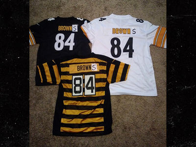 Steelers' Antonio Brown Rocks New 'Browns' Gear, Let's Go Cleveland!