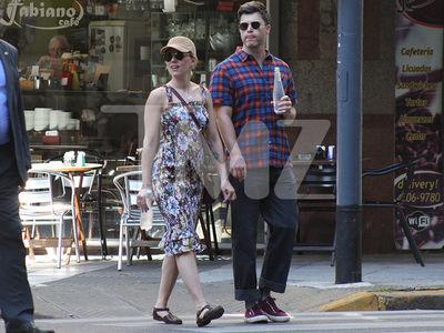 Scarlett Johansson & Colin Jost Get Handsy During Trip to Argentina