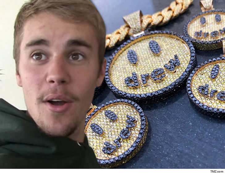 Justin Bieber's new face tattoo revealed