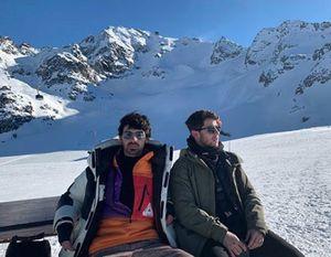 Jonas Brothers Hit The Slopes In Switzerland
