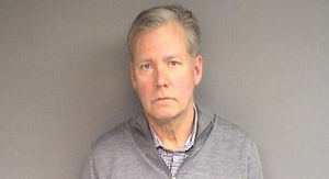 'To Catch a Predator' Host Chris Hansen Arrested Over Bounced Checks