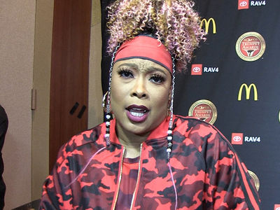 Da Brat Defends R. Kelly, Questions Parents' Role in Scandal
