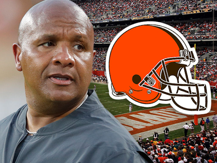 Hue Jackson Reportedly Cussed Out Browns Owner After Firing
