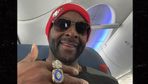 Jerry Rice Rockin' All 3 Super Bowl Rings In Atlanta