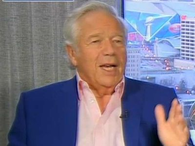 Robert Kraft Praises Donald Trump, Friends Again?!