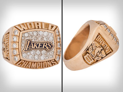 Kobe Bryant Lakers Rings He Gifted Parents Hit Auction Block