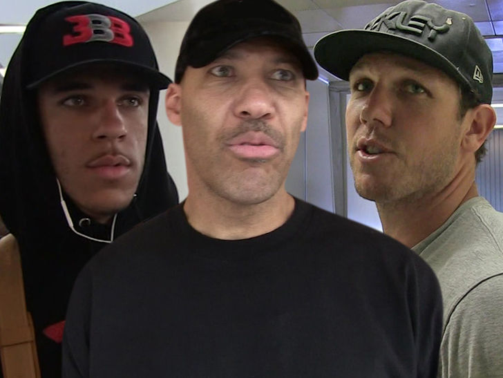 8ff5df908f5 LaVar Ball just went scorched earth on Luke Walton ... saying the Lakers  head man gave Lonzo Ball a