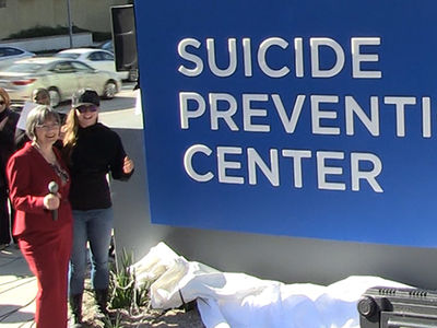 Ronda Rousey Helping to Open Suicide Prevention Center
