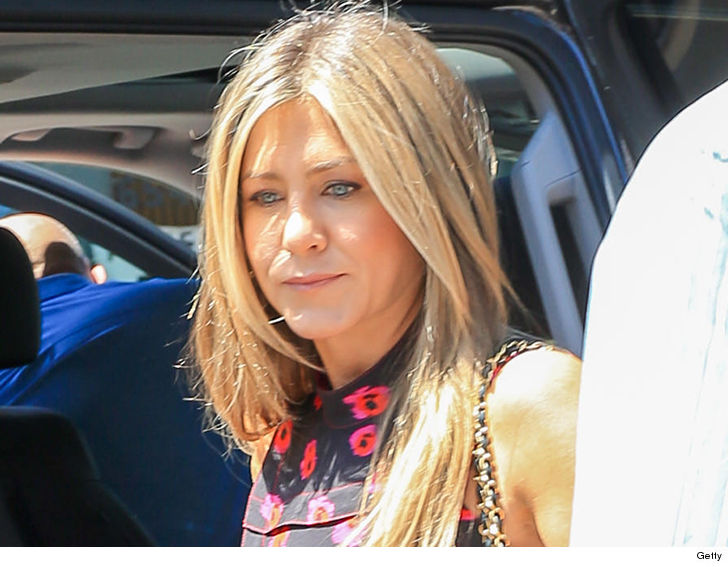 Jennifer Aniston Emergency Landing Upends Trip to Cabo