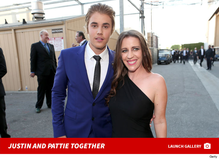 Justin Bieber's Mom It's Tough for Him to Live in Spotlight