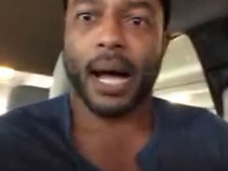 Ex-NFL Star Larry Johnson Goes Scorched Earth On Kap ... You're a Sellout!!!