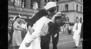 WWII Sailor Who Kissed Woman in Iconic V-J Day Photo Dead at 95