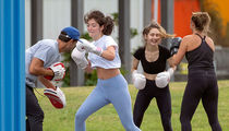 Lorde Boxing? YaYaYa
