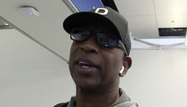 Eric Dickerson Calls Out 'Hypocrites' Over Robert Kraft Scandal