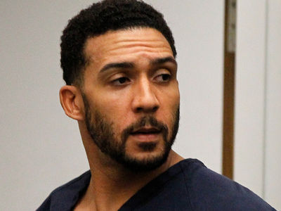 Kellen Winslow Jr. Back In Jail, Lewd Conduct with 77-Year-Old