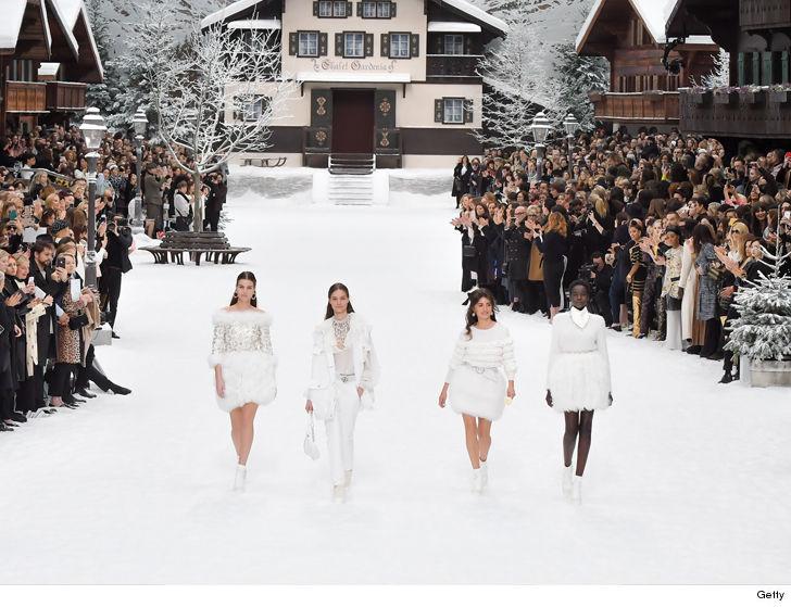 Penelope Cruz Makes Angelic Runway Debut for Chanel at Paris Fashion Week 5