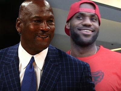 Michael Jordan Congratulates LeBron for Passing Him On All-Time Scoring