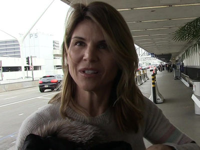 Lori Loughlin Surrenders in College Bribery Case, Bond Set at $1 Million