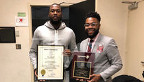 Meek Mill Receives State Key to Connecticut Ahead of Concert