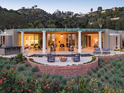 Ellen DeGeneres' Beverly Hills Home for Sale at Nearly $18 Mil