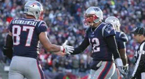 Did Tom Brady Plead For Rob Gronkowski's Return With Instagram Comment?