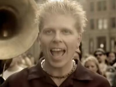 The Offspring Singer Dexter Holland 'Memba Him?!