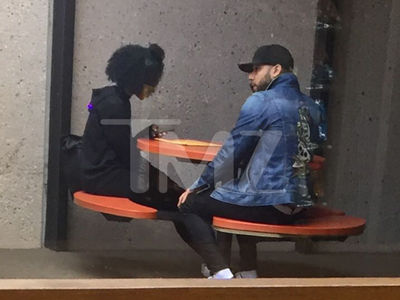 Jussie Smollett Getting Back to Normal Life, Running Errands at Post Office