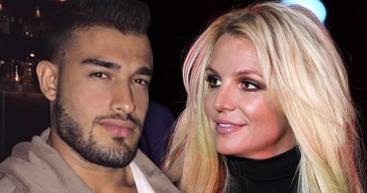 Britney Spears' BF Posts Kiss Montage During Her Mental ...