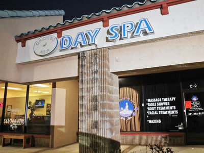 Customer at Robert Kraft Day Spa Sues for Violation of Civil Rights Over Video