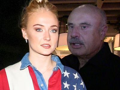 Sophie Turner Says She Considered Suicide After 'Game Of Thrones' Criticism