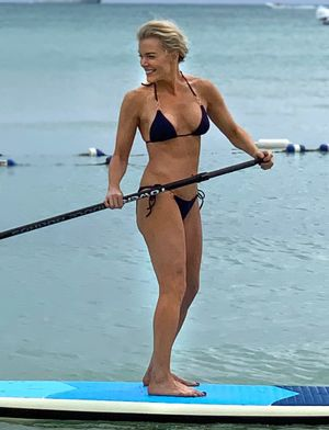 Megyn Kelly's Hot Bikini Bod in the Bahamas