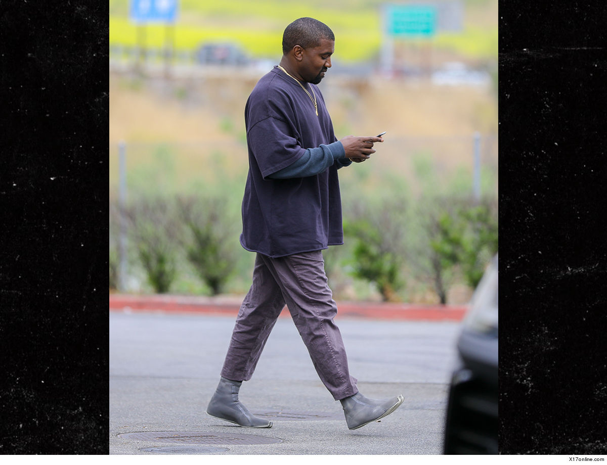 180f56004 Kanye West is light on his feet ... thanks to some new minimalist footwear  that looks like it came straight from outer space.