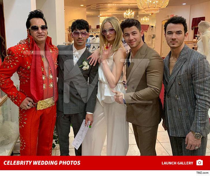 Joe Jonas Wedding: Joe Jonas And Sophie Turner Get Married At Las Vegas