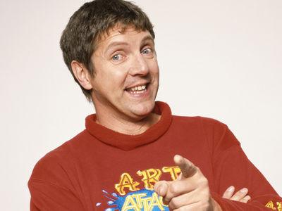 'Art Attack' Host Neil Buchanan 'Memba Him?!