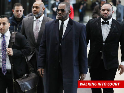 R. Kelly In Court Challenging Sex Tape, Avenatti and Kim Foxx
