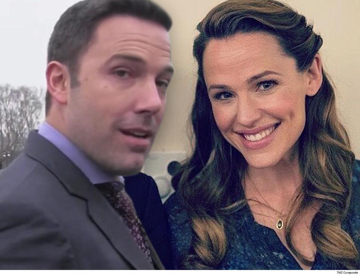 Ben Affleck Shouts Out Ex-Wife Jennifer Garner for Mother's Day