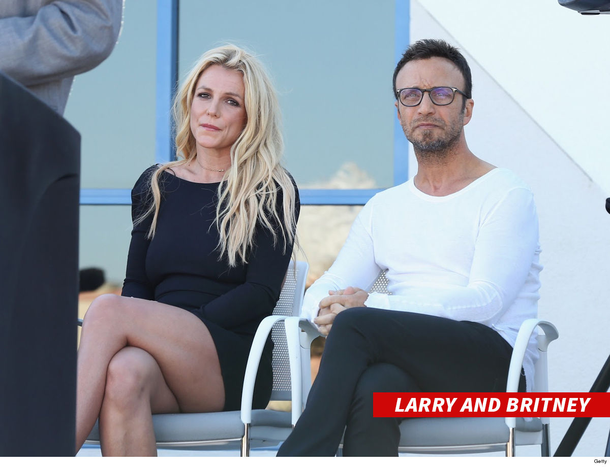 0514-larry-rudolph-britney-spears-getty-