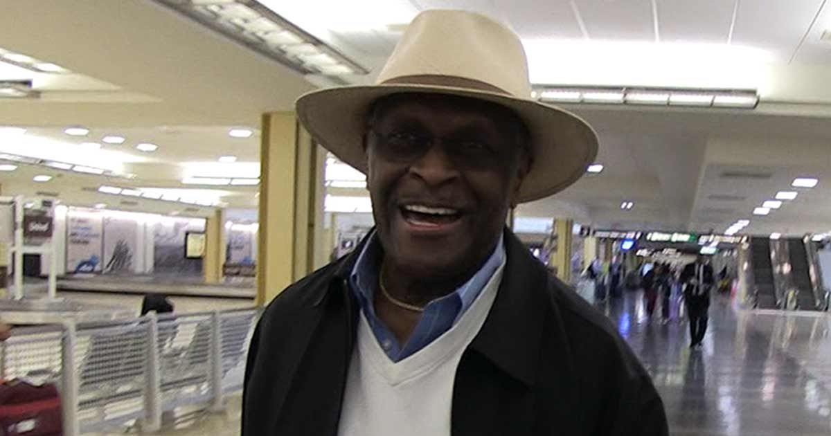 Herman Cain Black People Are Brainwashed To Hate Prez Trump