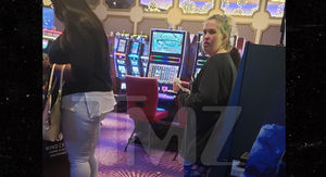 Mama June Keeping Up Her Gambling Habit, Allegedly Living at Alabama Casino