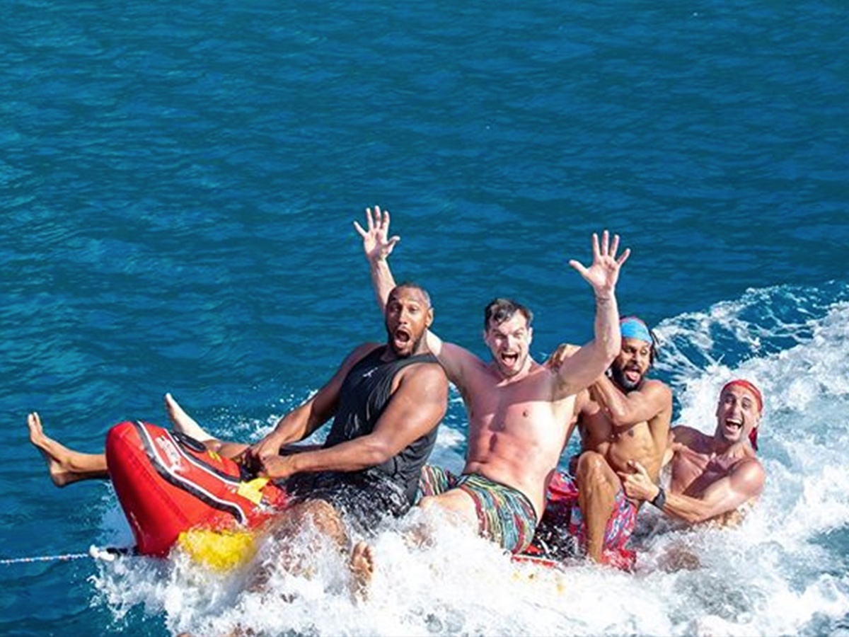 Manu Ginobili and Spurs Forget Bron's Banana Boat Check Out Our Wiener!