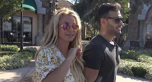Britney Spears Says She Will Be Performing Again