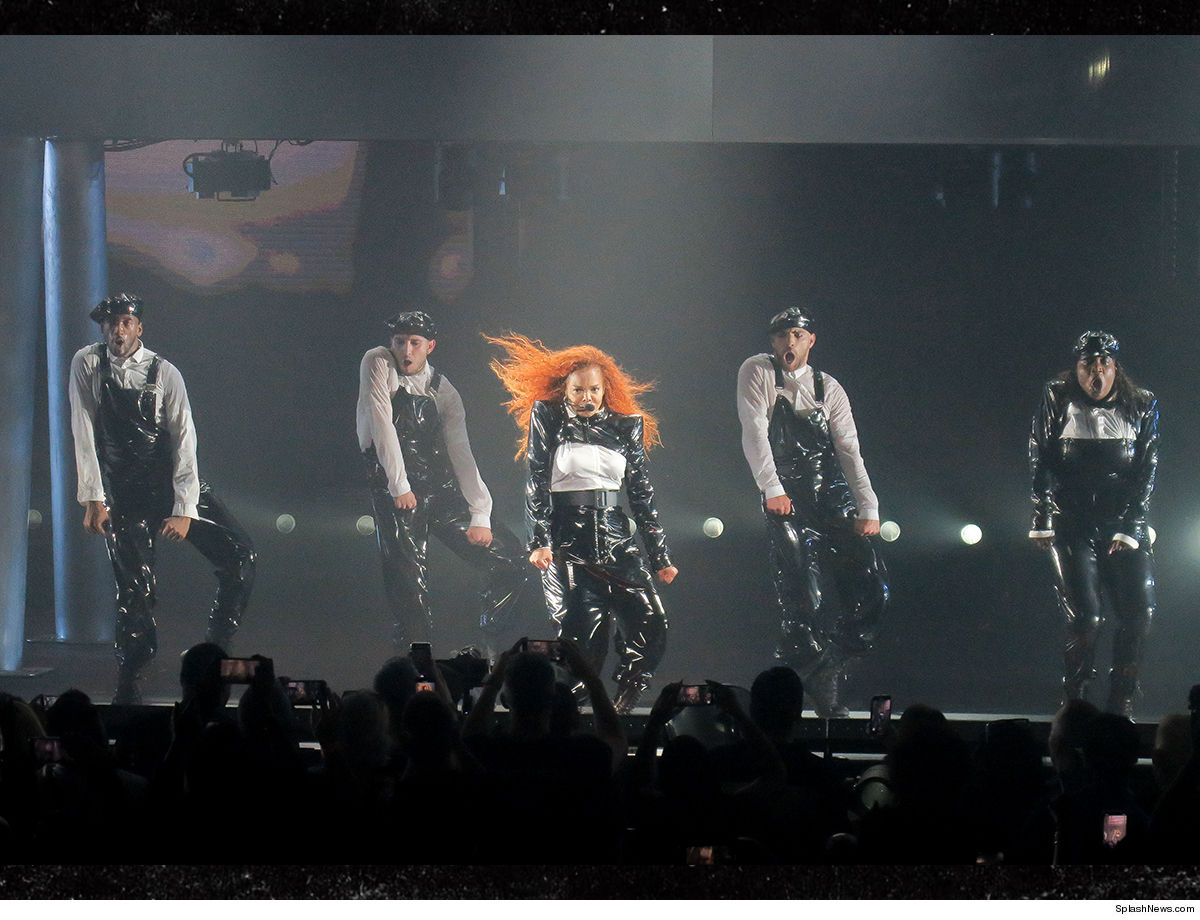 Janet Jackson Opens Residency in Las Vegas