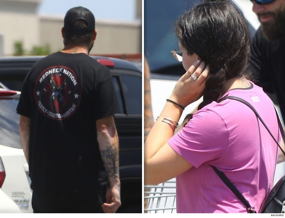 Jenelle Evans Standing by Her Husband for Home Improvement Shopping Trip