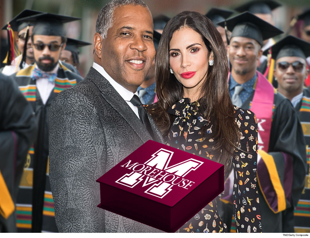 Morehouse College Grads Getting New Bling To Commemorate Smith's Student Loan Gift