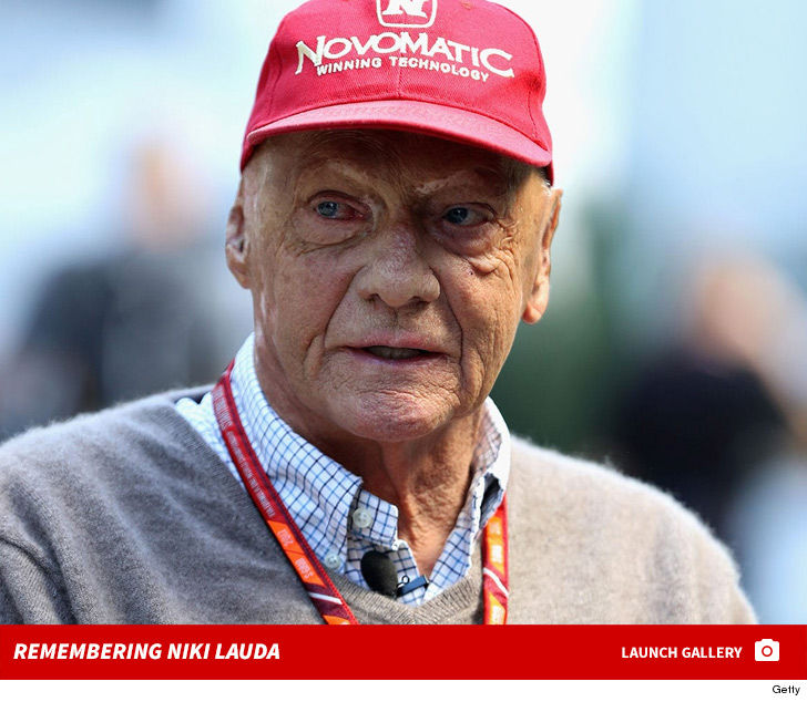 32743953268b3 Legendary Formula 1 racer Niki Lauda has died ... according to his family.