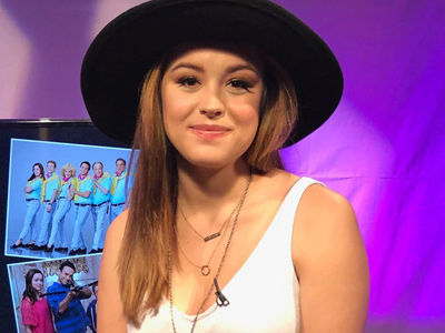 'The Goldbergs' Star Hayley Orrantia Opens Up About Being Robbed Blind by Ex BF