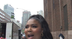 Lizzo Says Her DMs Are Full of F*** Boys!!!