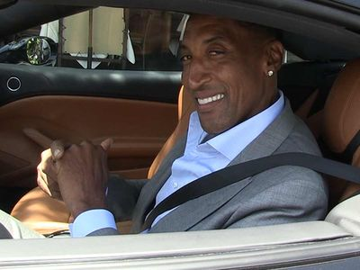 Scottie Pippen Says Kobe and Kawhi Are Closest to Michael Jordan