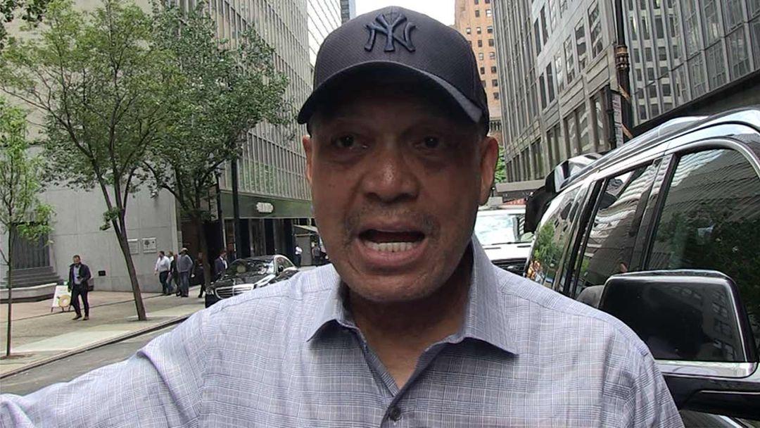 ba95f2321 Reggie Jackson Gets Emotional Over Bill Buckner, 'It's a Shame ...
