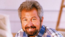 Bob Vila on 'This Old House' 'Memba Him?!